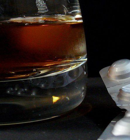 Oczyszczenie organizmu z alkoholu - przerwanie alkoholizmu detoksem alkoholowym